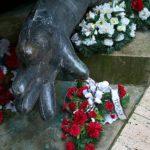 květiny od OV KSČM Teplice